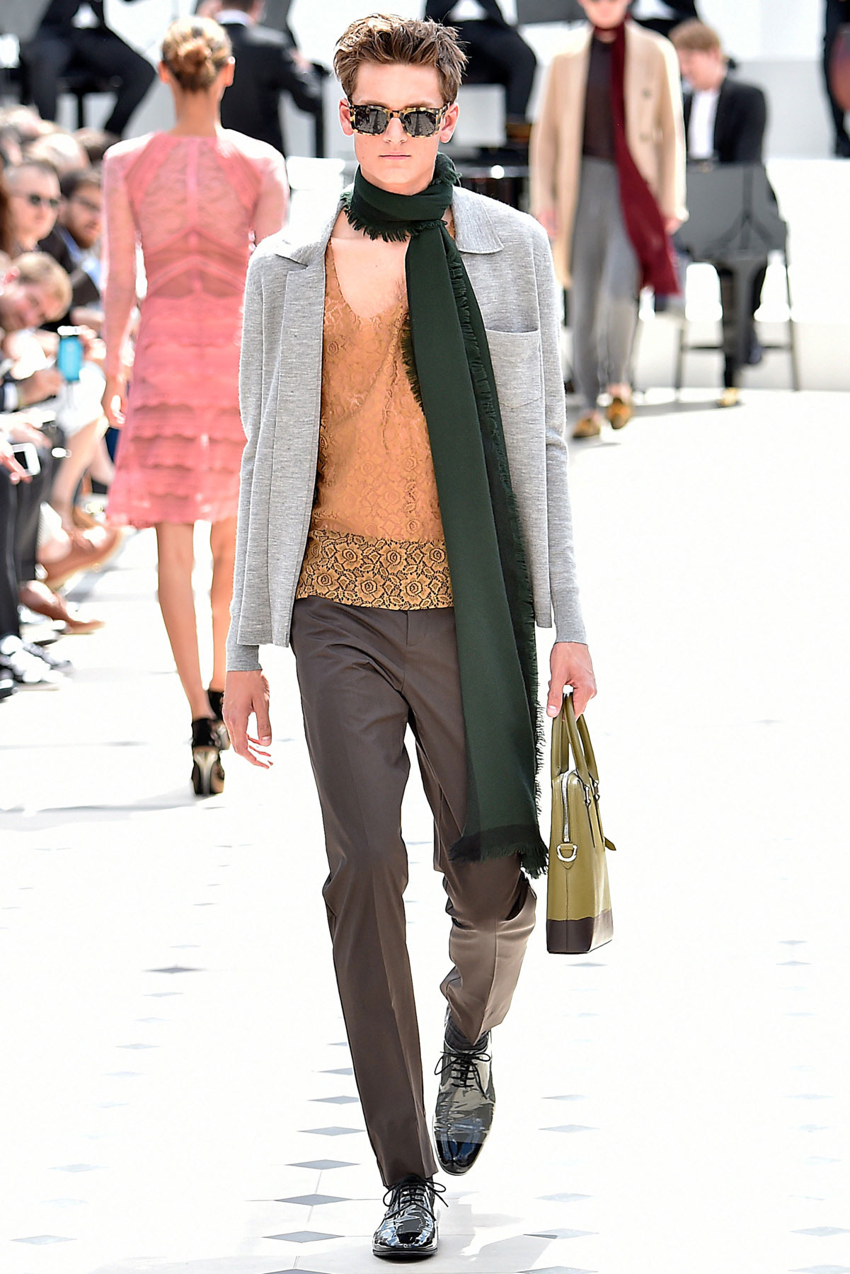 burberry_ss16_lcm_fy32