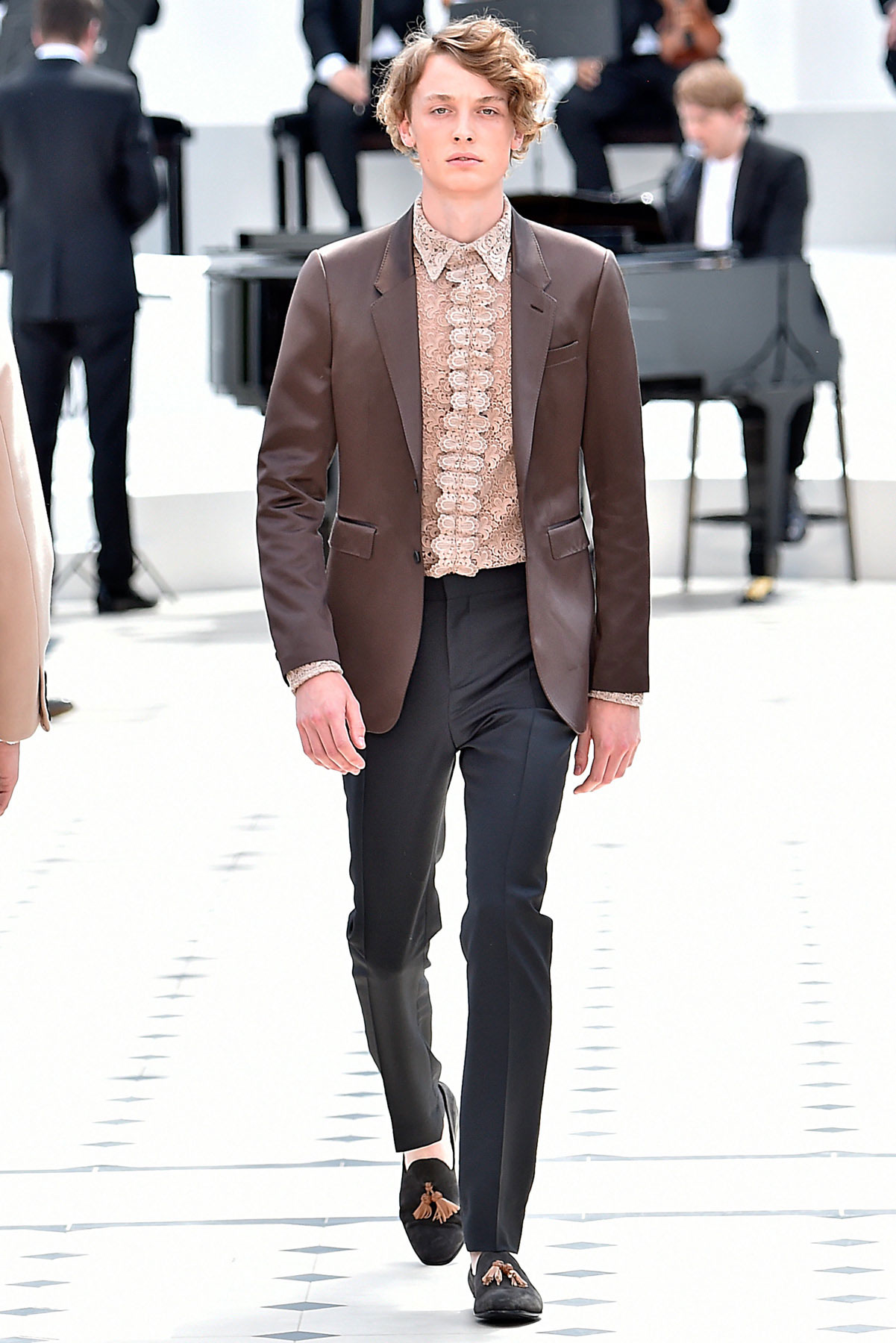 burberry_ss16_lcm_fy37