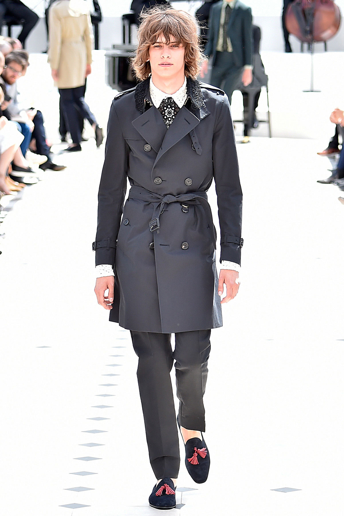 burberry_ss16_lcm_fy40