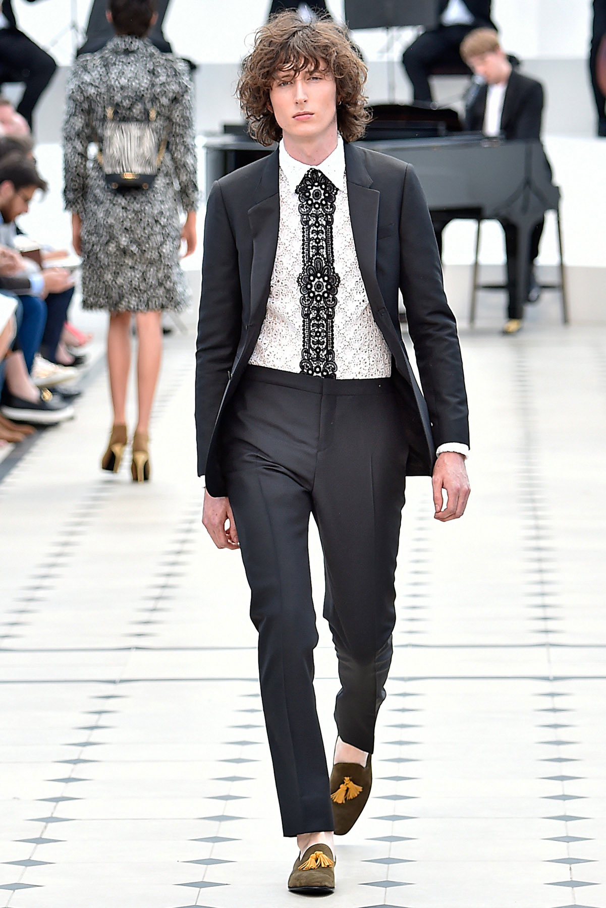 burberry_ss16_lcm_fy49