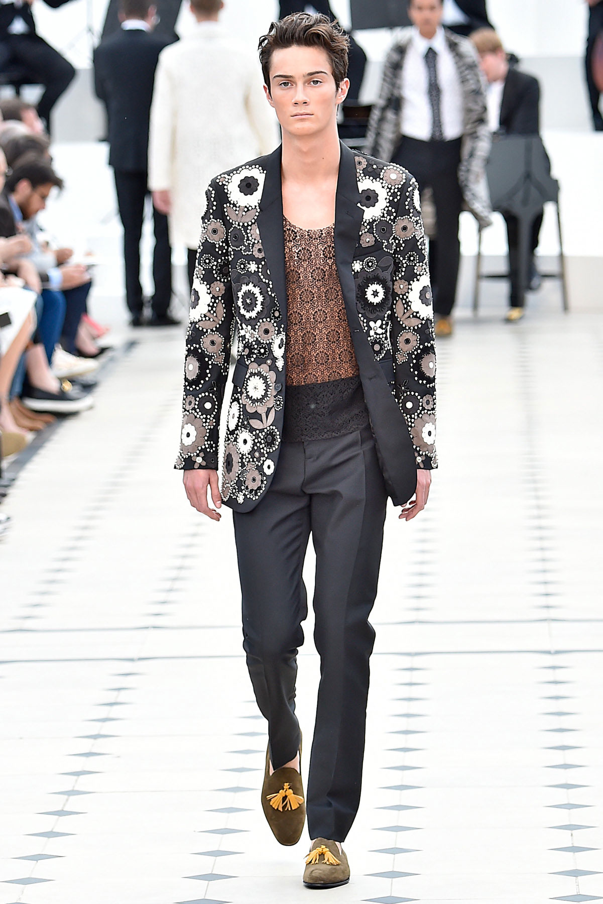 burberry_ss16_lcm_fy53