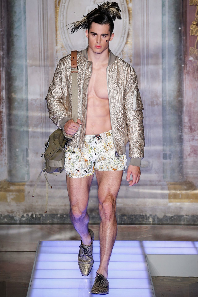 moschino_ss16_fy17