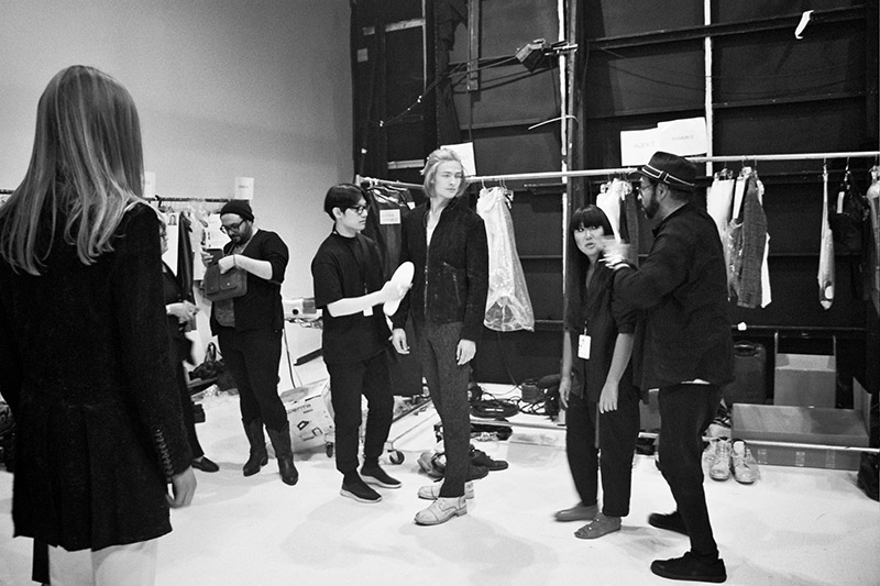 John-Varvatos-SS16-Backstage_fy4