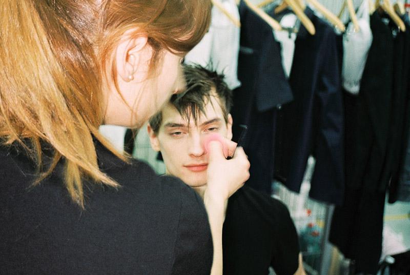 Julian-Zigerli-SS16-Backstage_fy6