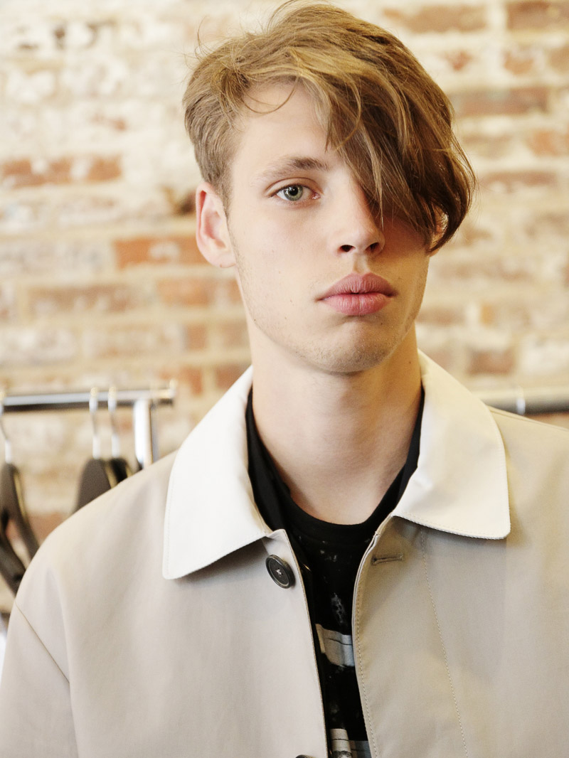 Plac-SS16-Backstage_fy2