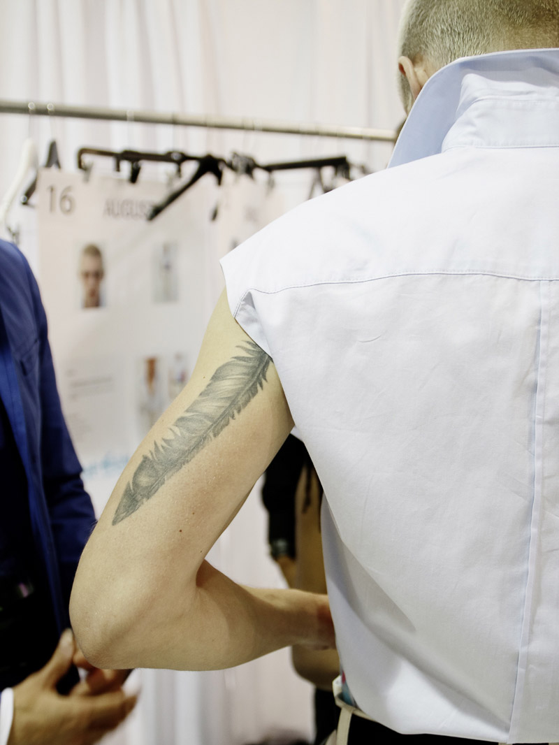 Richard-Chai-SS16-Backstage_fy8