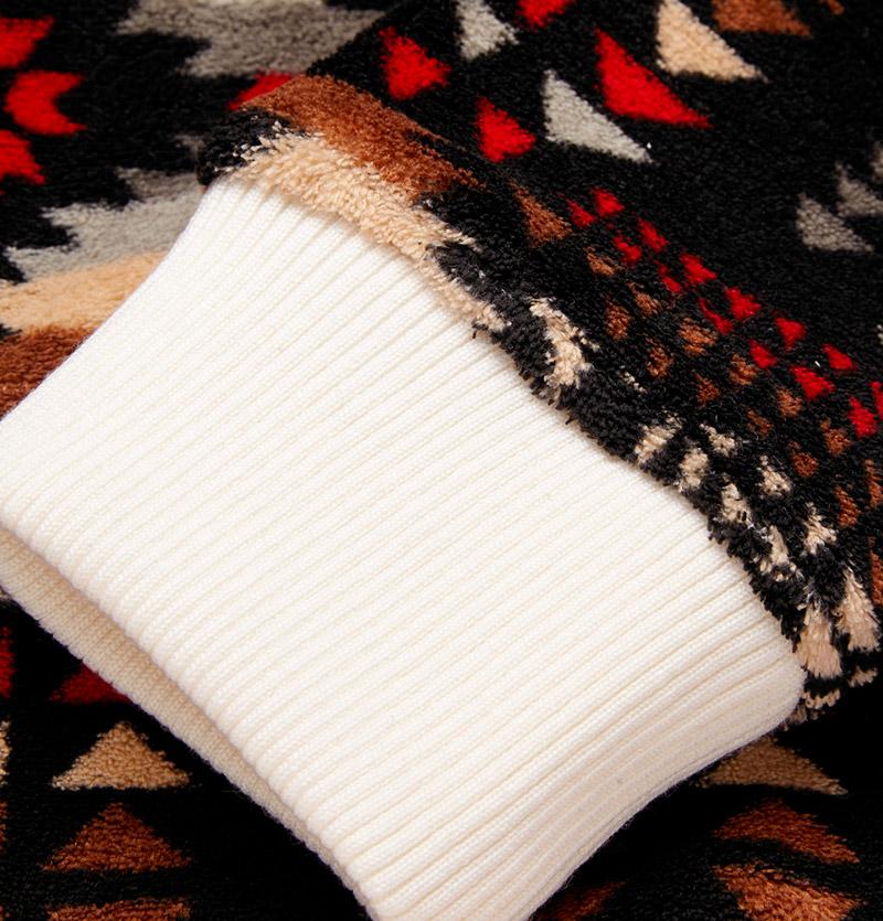 CASELY-HAYFORD.-Galton-Printed-Fleece-Sweatshirt_fy4