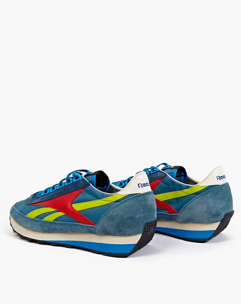 REEBOK.-Blue-Aztec-OG-Sneakers_fy3