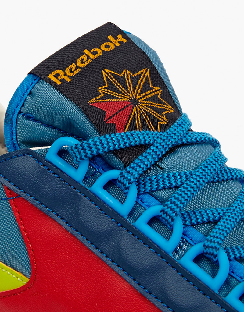 REEBOK.-Blue-Aztec-OG-Sneakers_fy6
