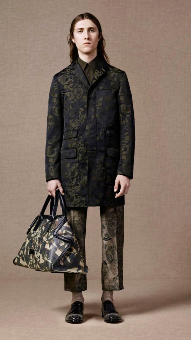 Alexander-McQueen-Pre-Spring-2016_fy16