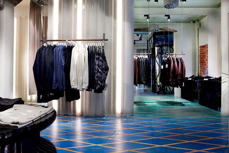 Elvine-Opens-Its-First-Flagship-Store_FY2