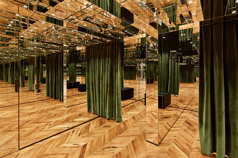 Givenchy-Opens-Flagship-In-Milan_fy1