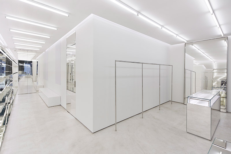 Givenchy-Opens-Flagship-In-Milan_fy6