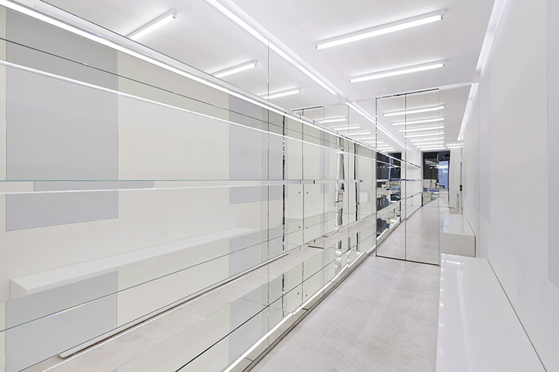 Givenchy-Opens-Flagship-In-Milan_fy7