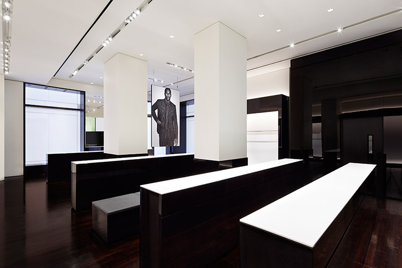 Givenchy-Opens-New-York-Flagship-Store_fy3