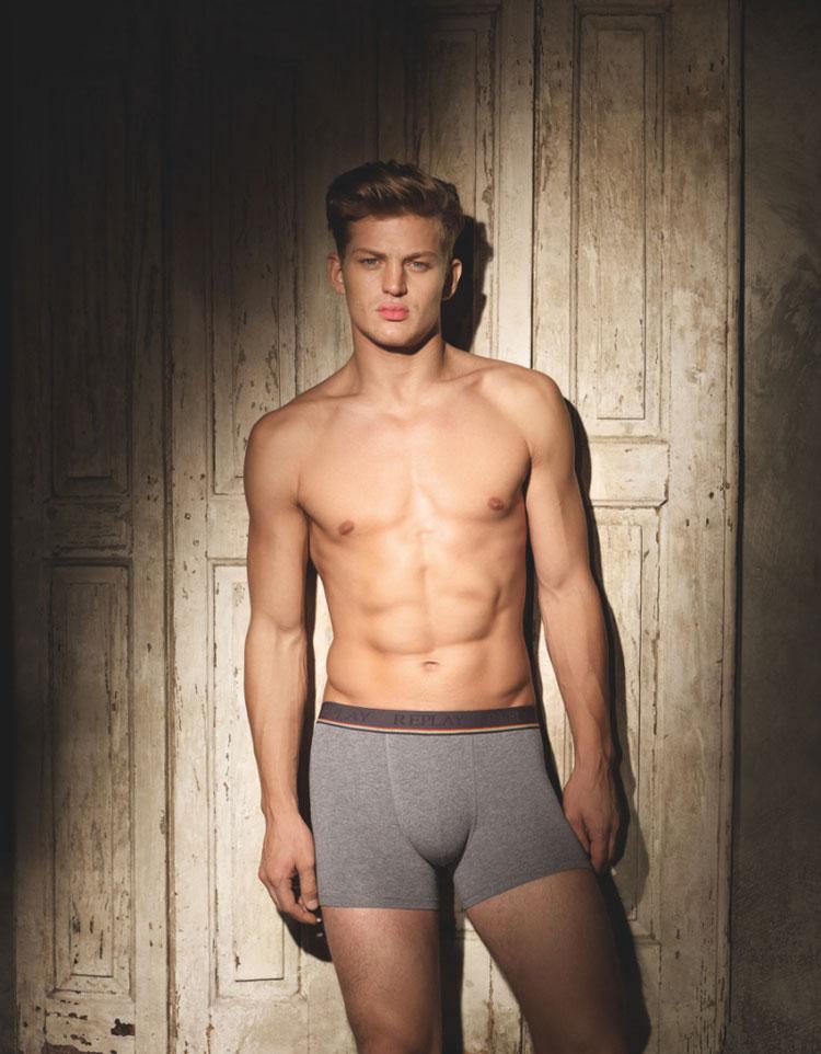 Replay-Underwear-FW15-Lookbook_fy12