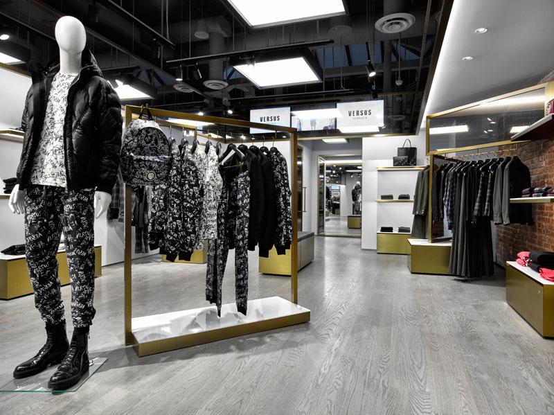Versus-Versace-Opens-in-ny-london-paris_fy0
