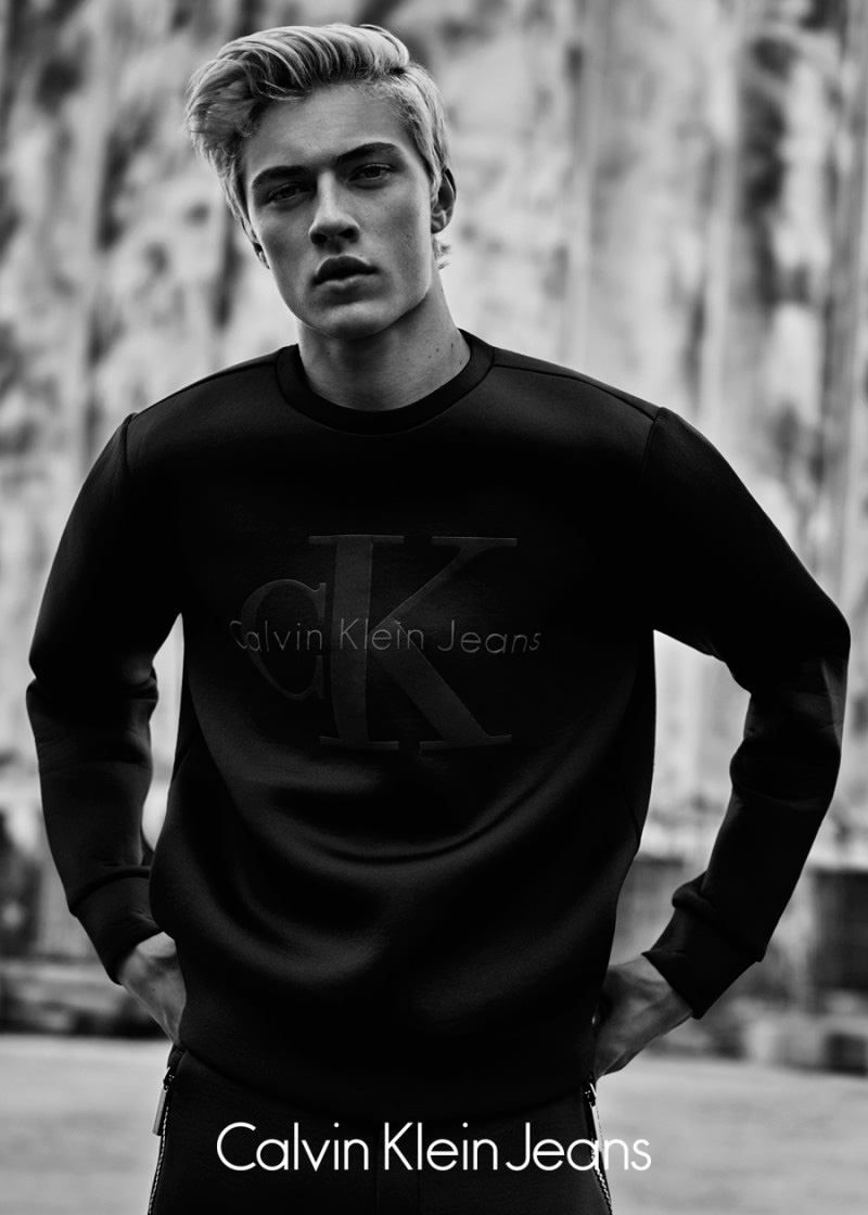 Calvin-Klein-Jeans-Black-Series-Limited-Edition-Campaign_fy2