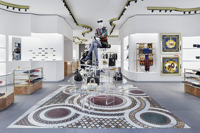 Versace-Opens-in-Berlin_fy2
