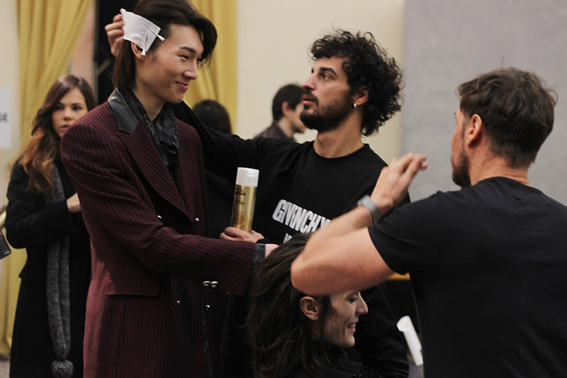 CoSTUME-NATIONAL-FW16-Backstage_fy10