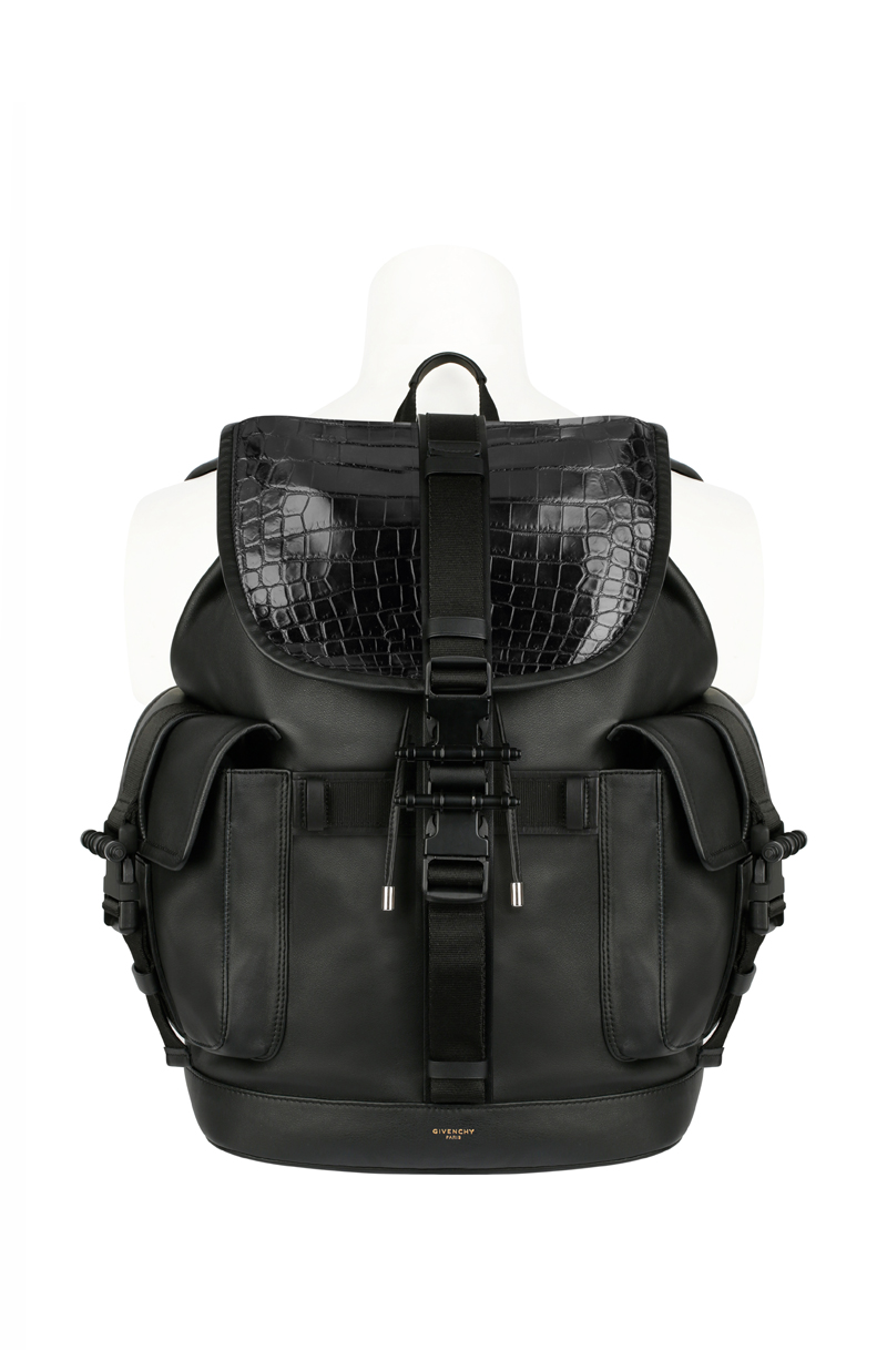Givenchy-Presents-The-History-Of-The-Men-Backpack_fy3