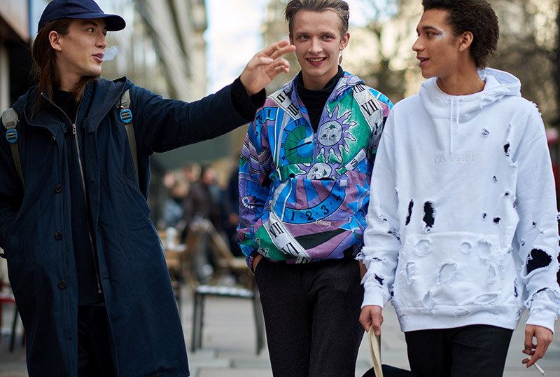 London-Collection-Men-FW16---Models-off-Duty_fy25