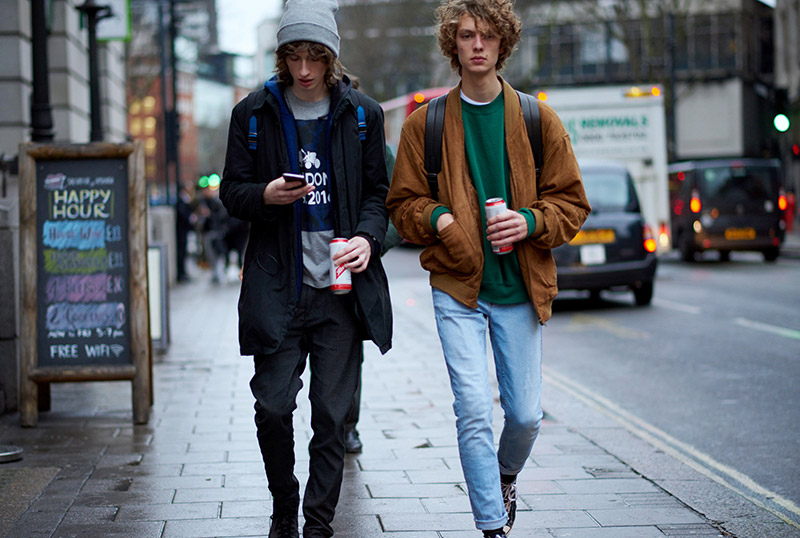 London-Collection-Men-FW16---Models-off-Duty_fy8