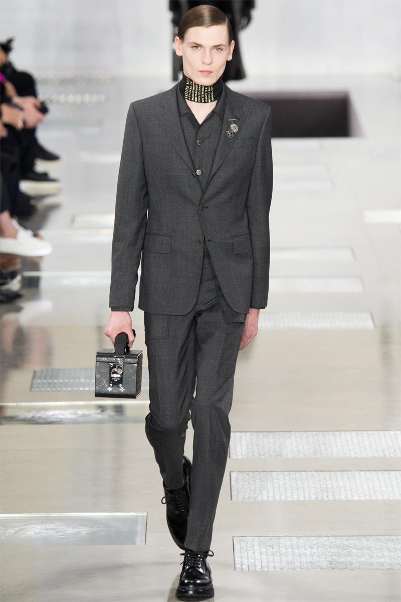 Louis-Vuitton_fw16_fy2