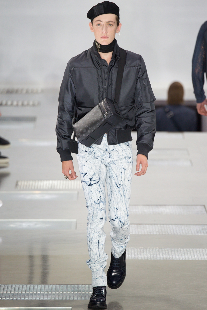 Louis-Vuitton_fw16_fy28