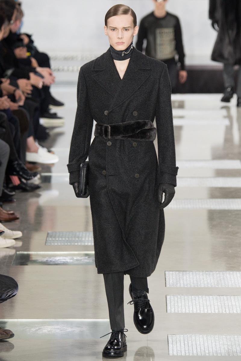 Louis-Vuitton_fw16_fy5