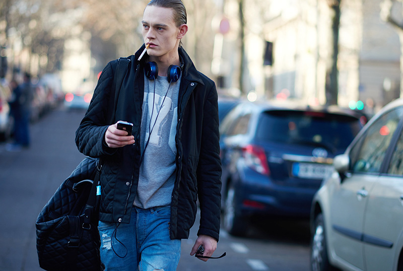 Paris-Fashion-Week-FW16---Models-off-Duty-fy13