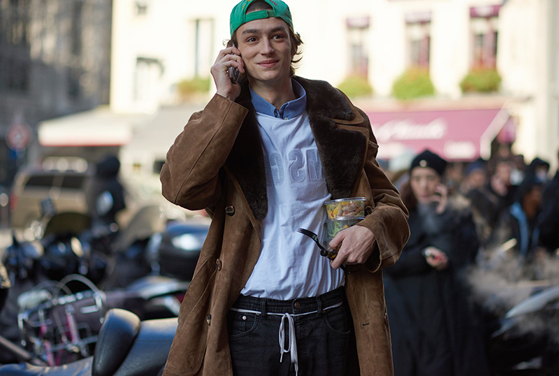 Paris-Fashion-Week-FW16---Models-off-Duty-fy7