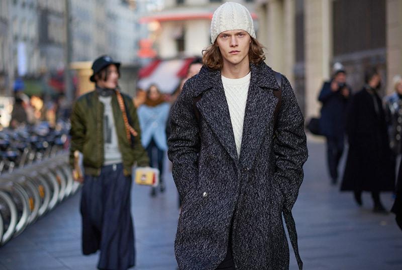 Paris-Fashion-Week-FW16---Models-off-Duty-fy8