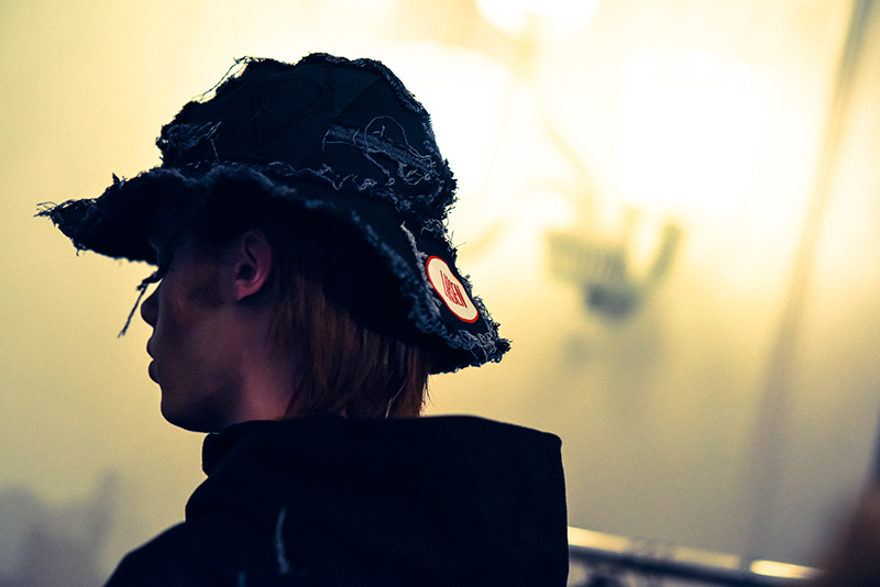 Asger-Juel-Larsen-FW16-Backstage_fy22