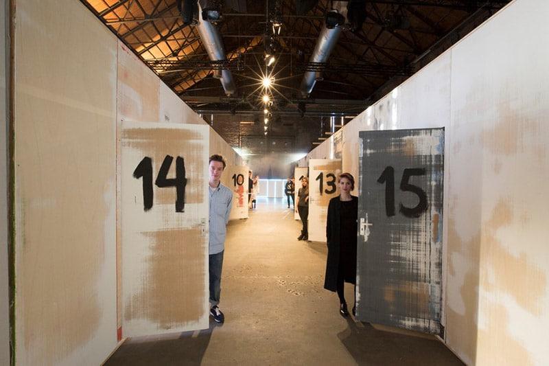 Camiel-Fortgens-Menswear-Trend-Installation_fy10