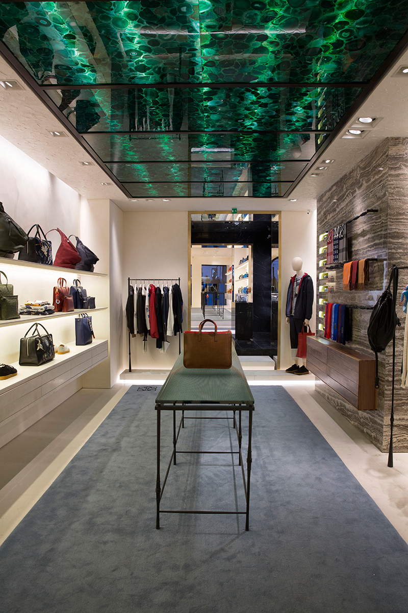 Loewe-Opens-Striking-New-Rome-Store-Designed-By-Jonathan-Anderson_fy