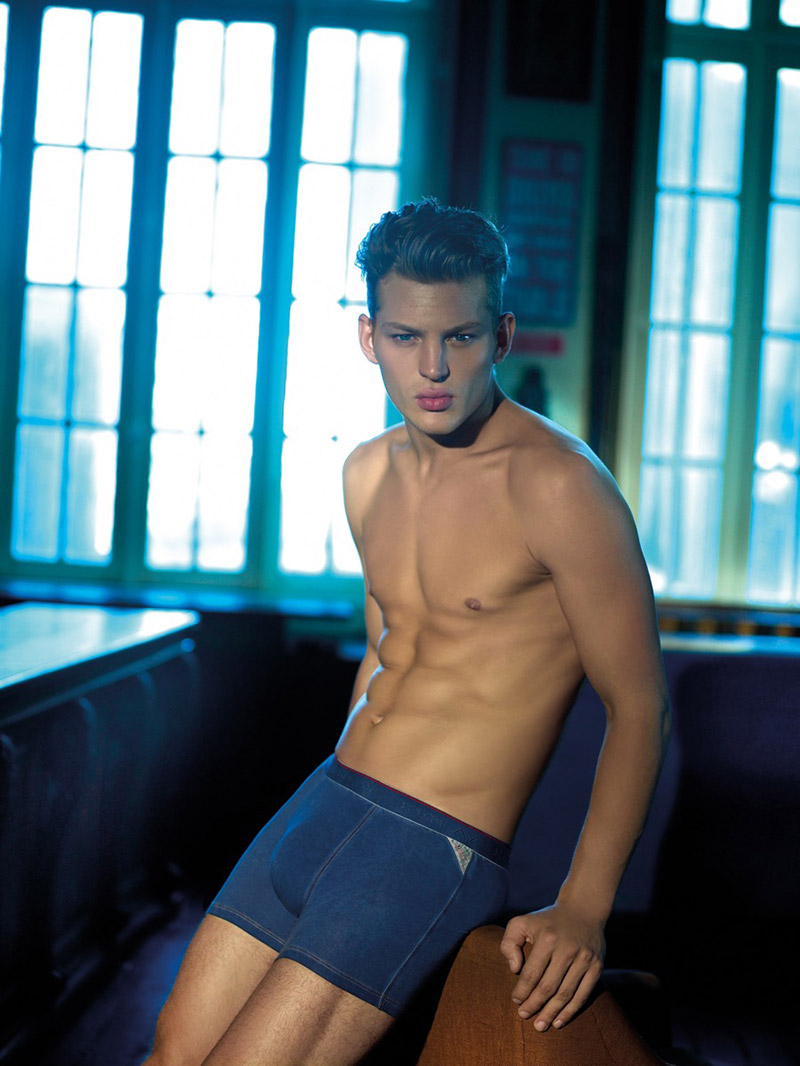 Replay-SS16-Underwear-Campaign_fy4
