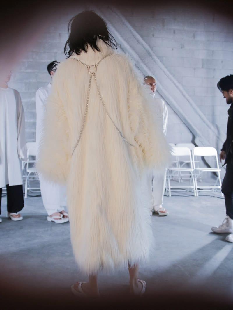ikumi-FW16-Backstage_fy7