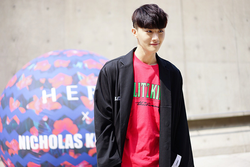 Seoul-Fashion-Week-FW16_streetstyle_part1_fy34