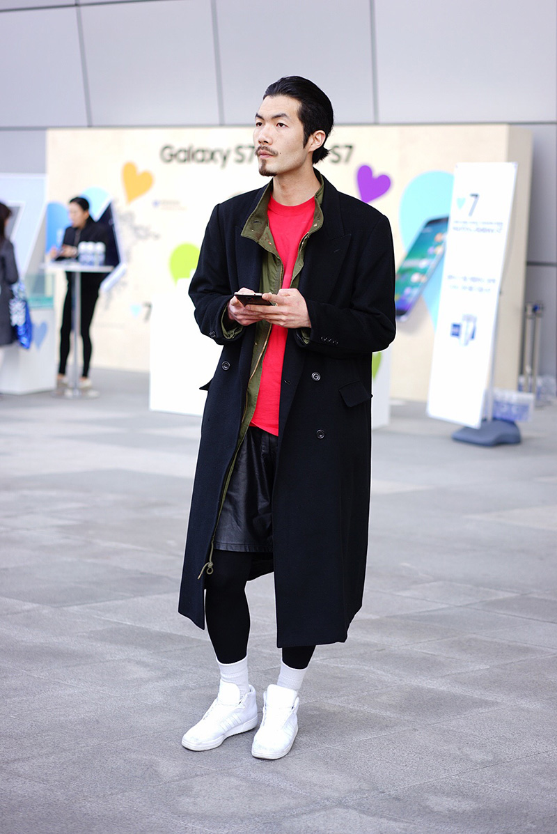 Seoul-Fashion-Week-FW16_streetstyle_part2_fy34