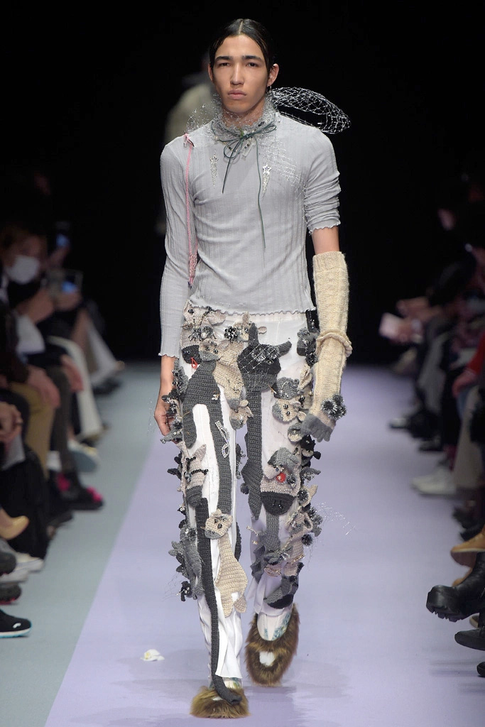 Tokyo-New-Age_fw16_fy16