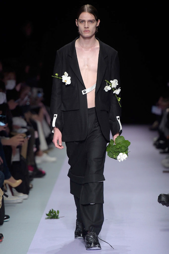 Tokyo-New-Age_fw16_fy23