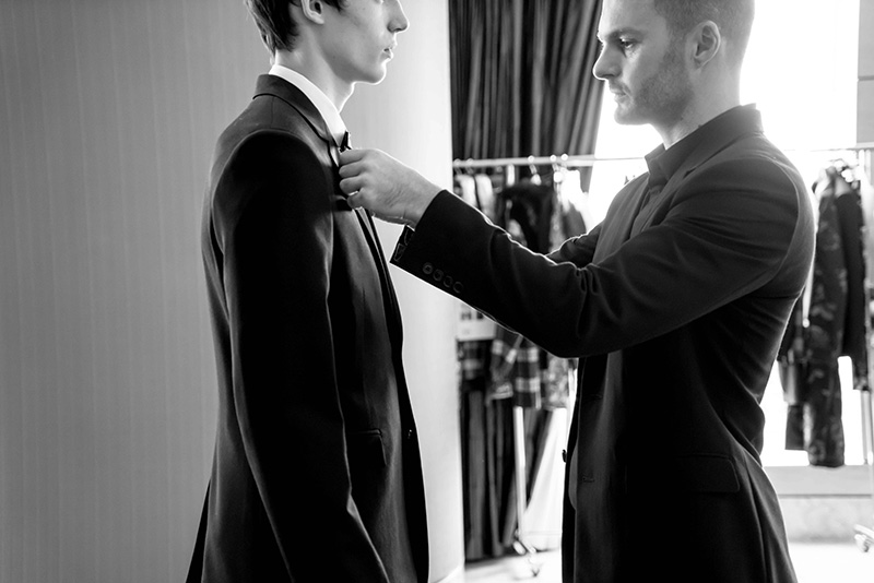 Dior-Homme-FW16-Show-in-Hong-Kong---The-Fitting_fy8