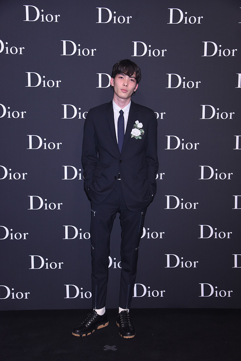 Dior-Homme-Showed-Its-FW16-Collection-In-Hong-Kong_fy10