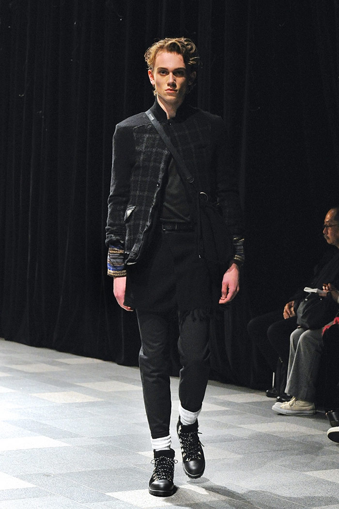 discovered-fw16-tokyo-mbfwt-fy21