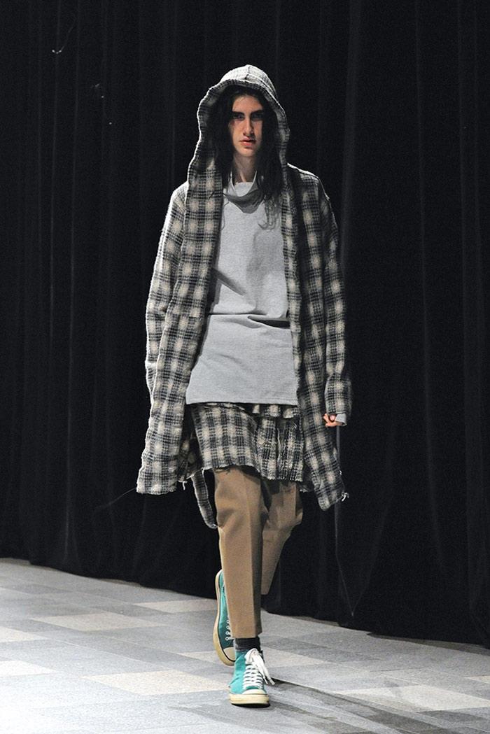 discovered-fw16-tokyo-mbfwt-fy22