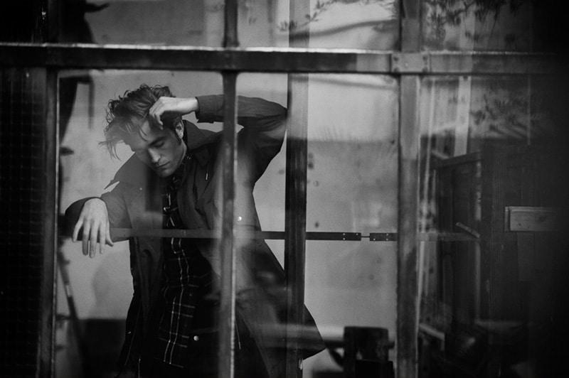 Robert-Pattinson-by-Peter-Lindbergh_fy2