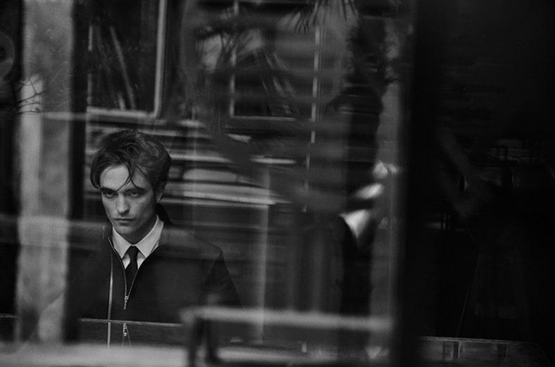 Robert-Pattinson-by-Peter-Lindbergh_fy9