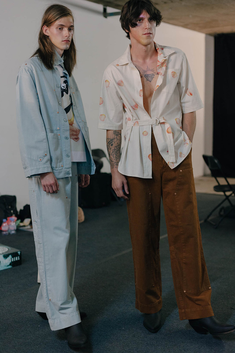 Alex-Mullins-SS17-Backstage_fy22