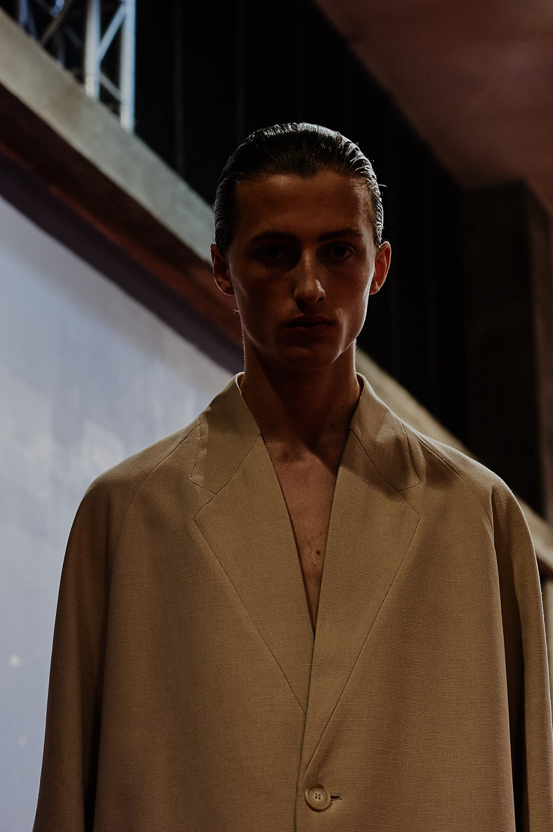 Lucio-Vanotti-SS17-Backstage_fy2